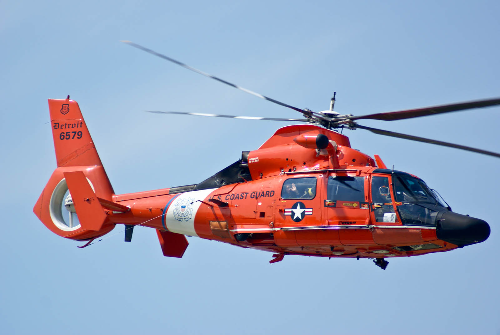 Michigan Coast Guard H-65 Dolphin Helicopter - Tail Number 6579 on ah-64 apache, uh-72a, ch-53e super stallion, eurocopter ec 135, eurocopter ec145, united states coast guard, eurocopter ec 155, agustawestland aw139, bell eagle eye, lockheed hc-130, sikorsky s-76, eurocopter x3, sikorsky hh-60 jayhawk, eurocopter dauphin, hh-60 pave hawk, agusta a109, kc-135 stratotanker, ch-47 chinook, uh-1 iroquois,