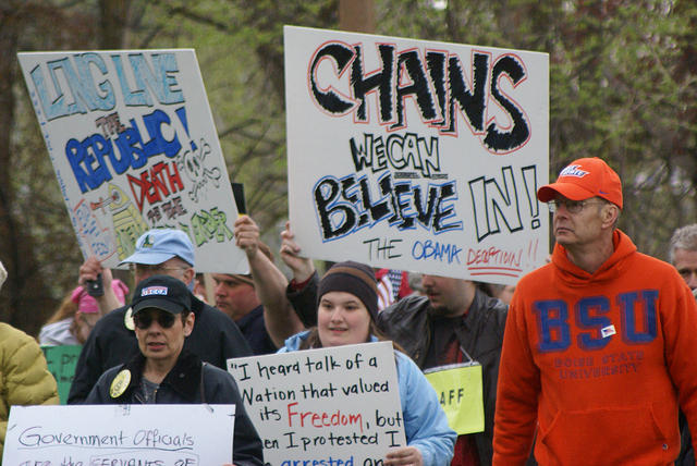 Boise Idaho Tea Party - Chains We Can Believe In
